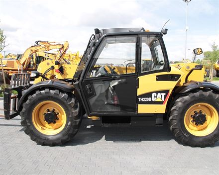 CATERPILLAR TH220B 6